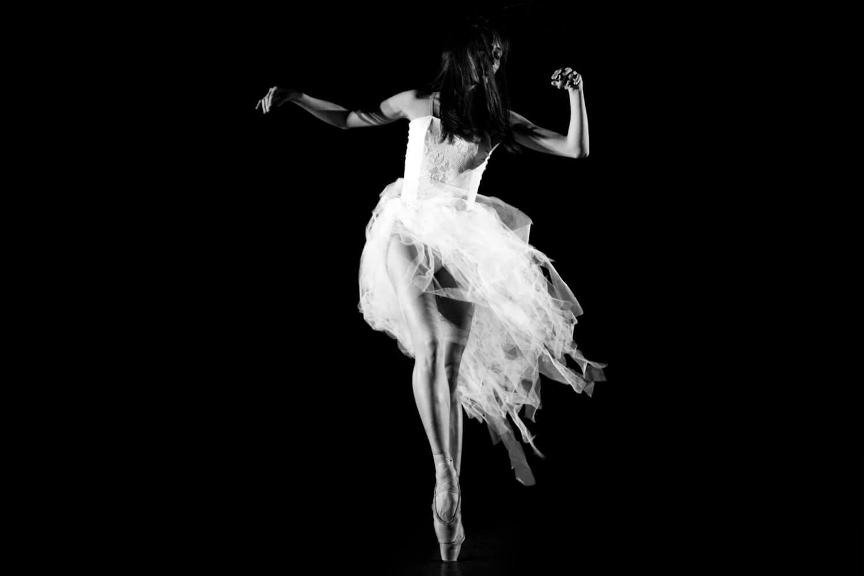Aileen-Professional dancer